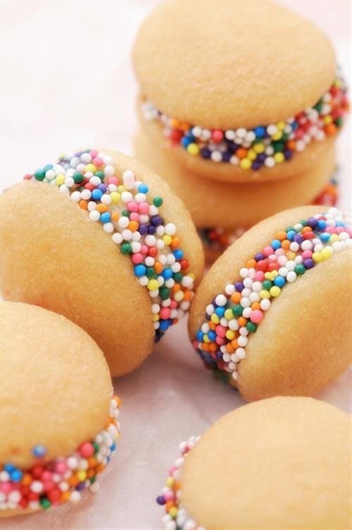 No-bake Banana Nilla Sandwich Cookies