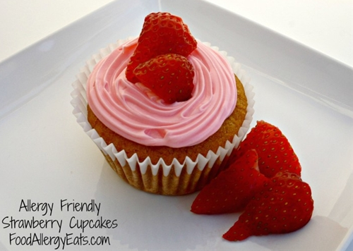 Allergy friendly strawberry cupcakes