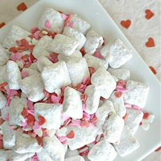 Valentines Day Muddy Buddies