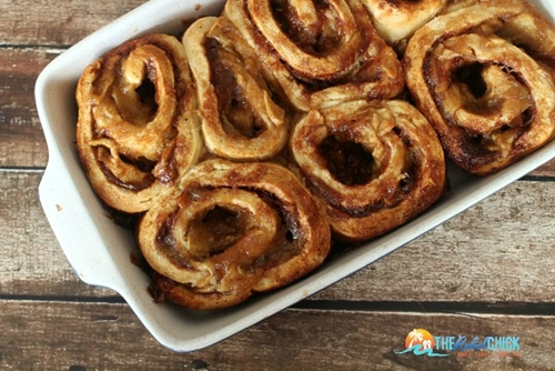 Homemade Apple Pie Cinnamon Rolls