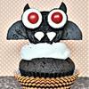 Halloween cupcakes: vampire bat cupcakes