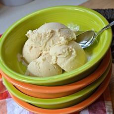 Peanut Butter Frozen Greek Yogurt